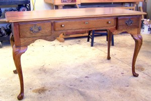 final picture of queen anne desk refinished